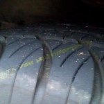 New tire placed on front axle of front-drive car: Dangerous when rear tires are worn